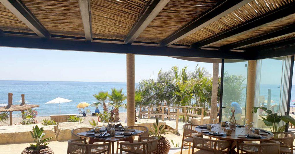 Aua Playa Marbella lath interior ceiling