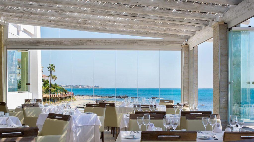 El Oceano beach restaurant panoramic views