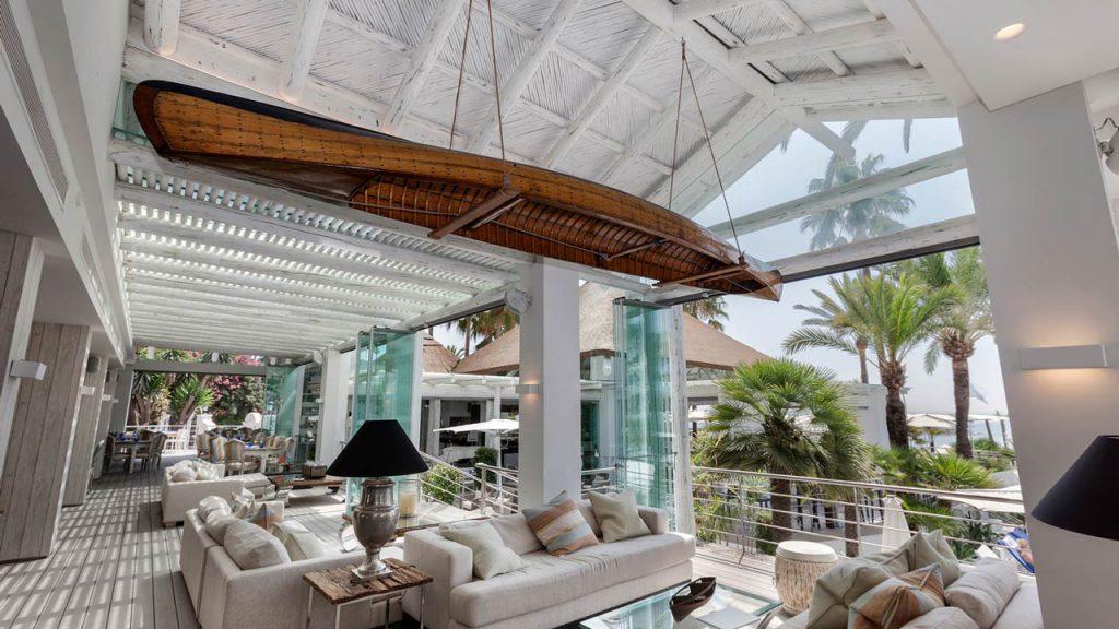 Sea Grill restaurant hotel Puente Romano ceiling panel detail