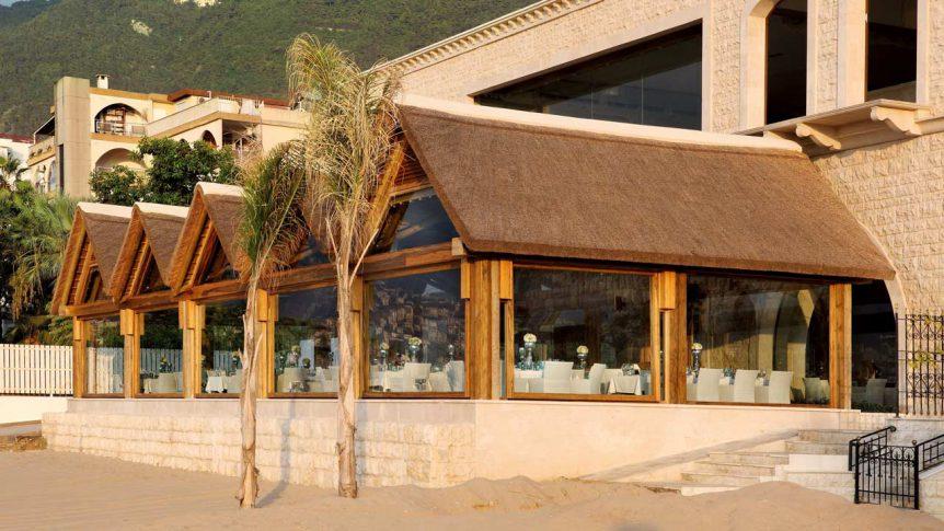Table Fine Jounieh thatched beach restaurant
