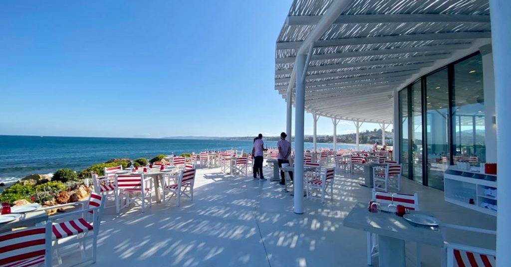 El Ancla terrace with a whitewash timber pergola